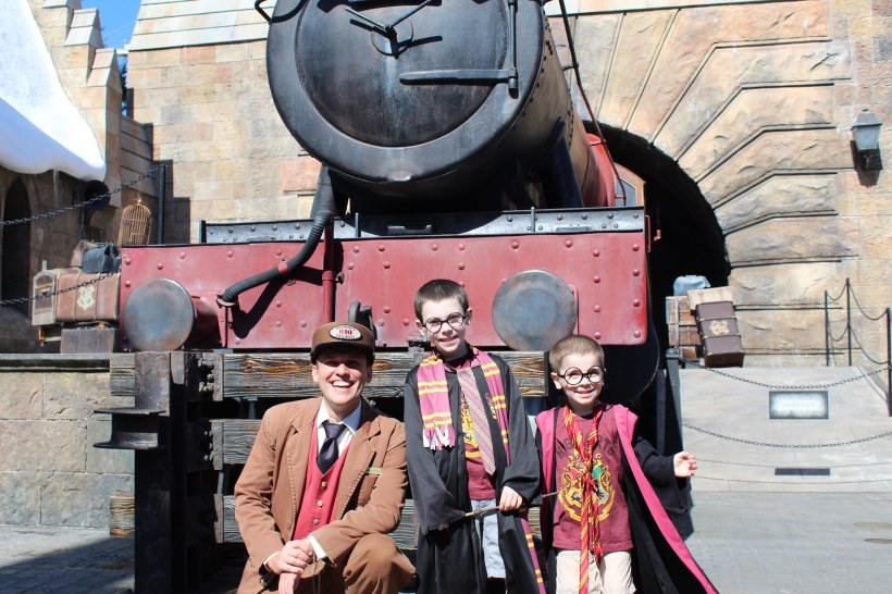 Harry Potter - Hogsmeade Station - Hogwarts Express
